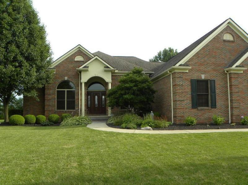 Custom-built Violet Meadows Home, Pickerington OH 43147