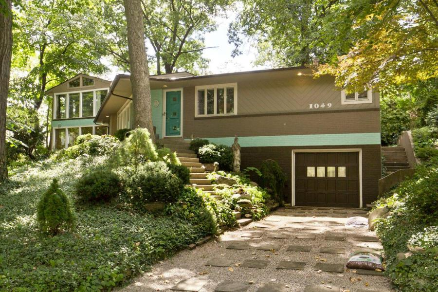 Midcentury home in Grandview Heights OH 43212